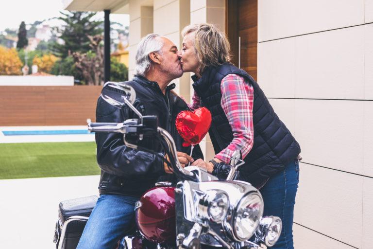 couple avec moto